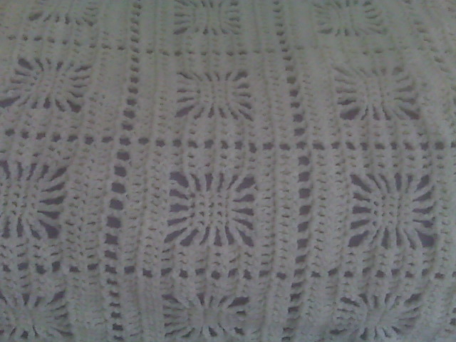 antique color itsy bitsy spider crochet baby blanket