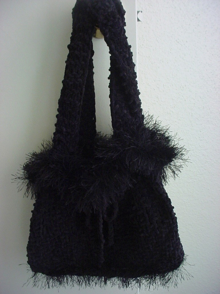 Ladies Faux Fur Lined Knitted Linen Stitch Handbag