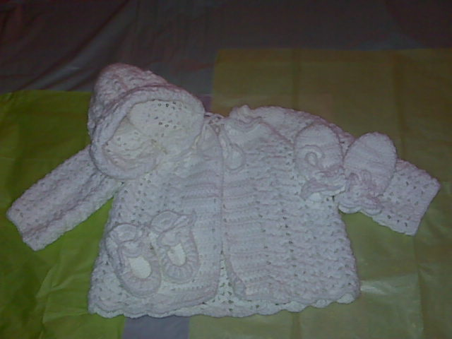 Crochet Baby Blanket Afghan Throw White Pink Shells - Product